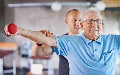 פעילות מגדל לקידום רווחתם הנפשית, הגופנית והכלכלית של אנשים בני 60+